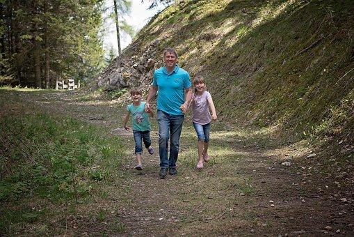 家族, ハイキング, 歩く, フォレスト, 森の小道, 自然歩道, 自然, 外