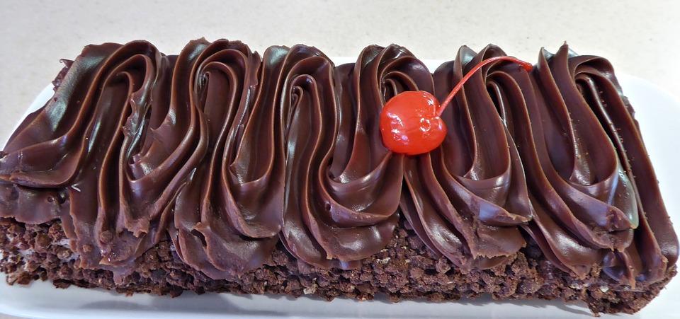 Kue Coklat Hiasan Kenari Foto Gratis Di Pixabay