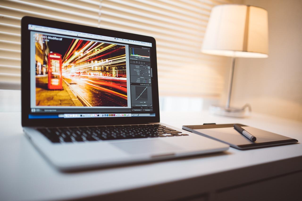 какой компьютер лучше для фотографа макбук девушки фото писек