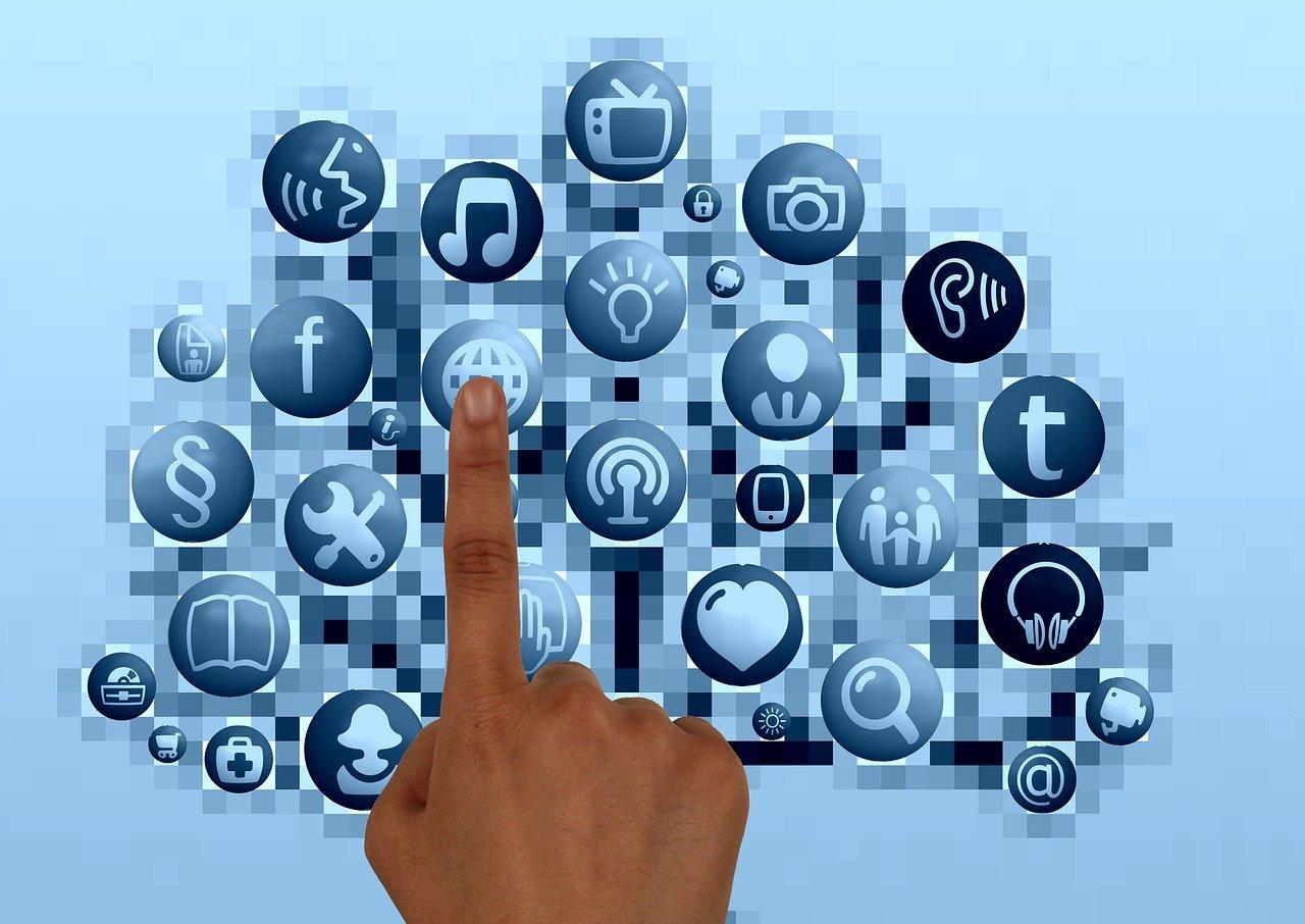 Meilleurs outils gratuits pour créer des bannières en ligne pour les sites Web en 2021