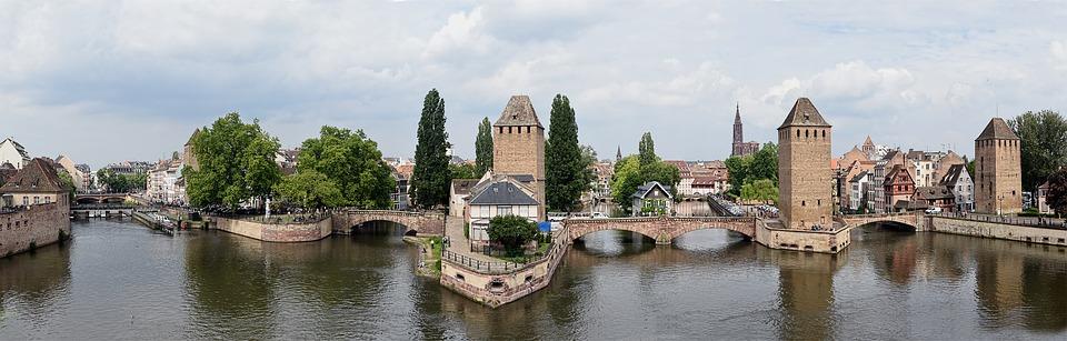 Strasbourg, France, Alsace, Ponts Couverts, Rivière