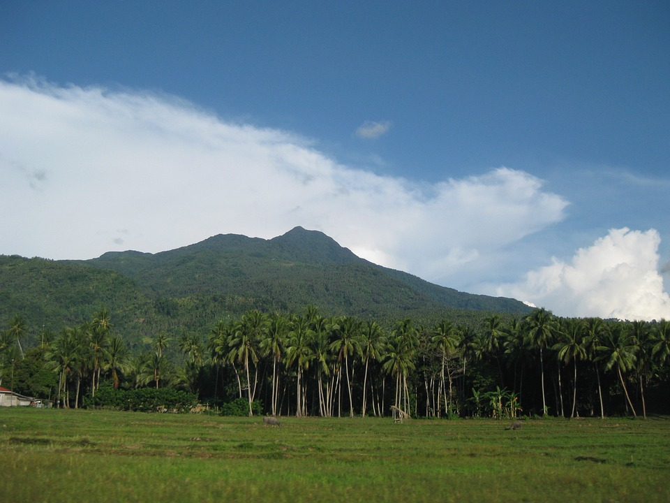 Camiguin, Philippines, Campagne