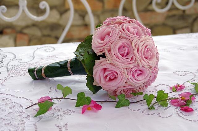 Brautstrauss Rosen Blumen Kostenloses Foto Auf Pixabay