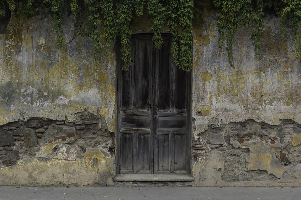 doors puertas antiguas madera puerta antigua