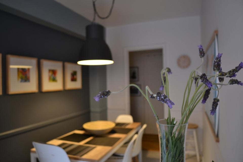 Free photo lavender dining room flowers free image on - Flowers for dining room table ...