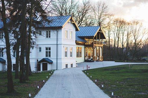 Old Vintage Village Countryside Villa Hous