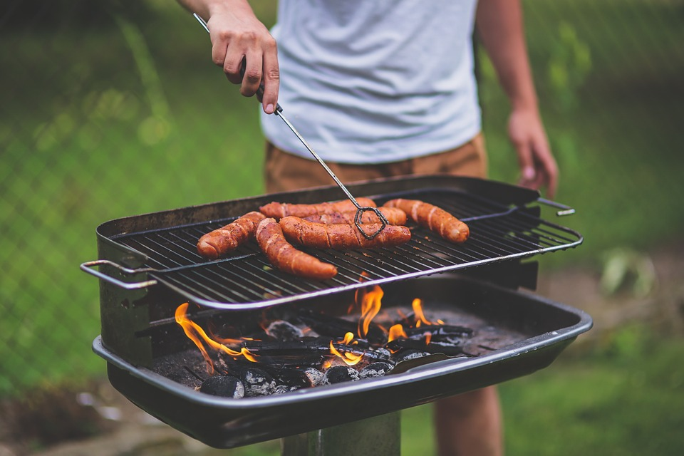 Už cítíte tu vůni grilovaného masa?