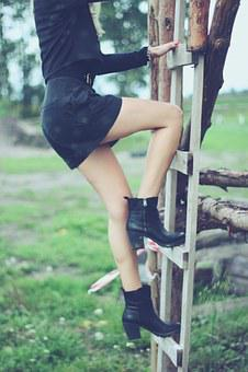 Girl Climbing Ladder Legs Ladder Ladder La