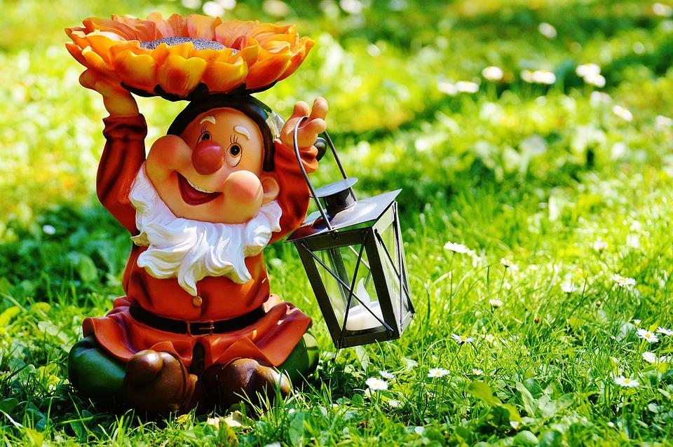Design With Garden Gnomes