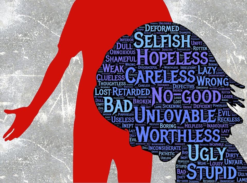 """Skam omhandler ofte at den strenge stemmen til en omsorgsperson internaliseres og blir til en """"sannhet""""."""