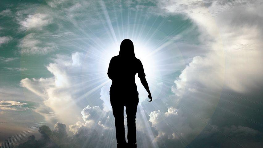 Бог и человек картинки со смыслом