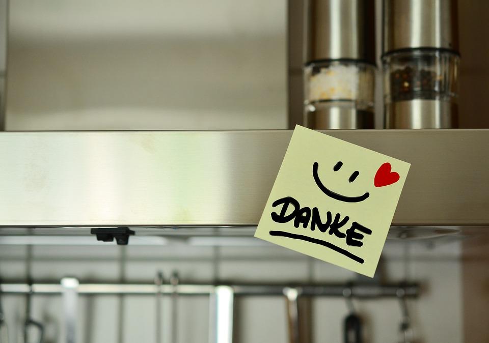 Благодаря Ви, Усмивка, Готвач, Яде, Сърце, Бележка