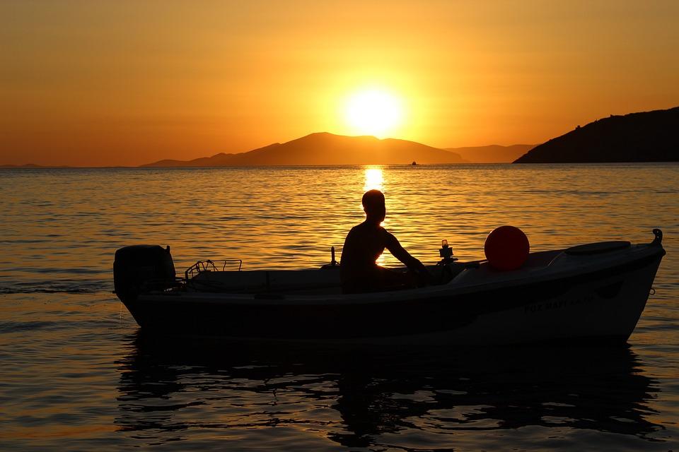 Photo gratuite coucher de soleil bateau ciel image gratuite sur pixabay 817030 - Coucher de soleil en mer ...