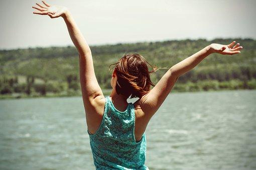 幸福, 裏面, 女性, 若いです, 女の子, 人, 魅力的です, 陽気です
