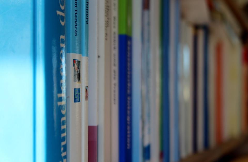 Boekenplank Met Boeken.Boeken Boekenplank Lezen Gratis Foto Op Pixabay