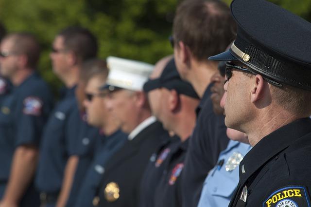 Free Photo Police Officer Police Uniform Image