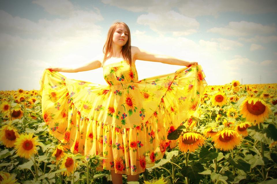 d281655e307 Sunflower Girl Dress - Free photo on Pixabay