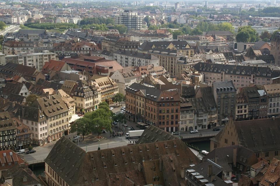 Lille e Estrasburgo adiaron os seus LEZ