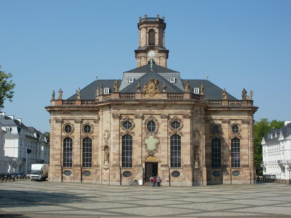 教会 建物 アーキテクチャ 宗教 町 旅行 ヨーロッパ 古い 都市 礼拝 信仰 観光