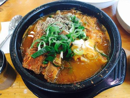 อาหาร, กระดูก Haejangguk, Gamjatang