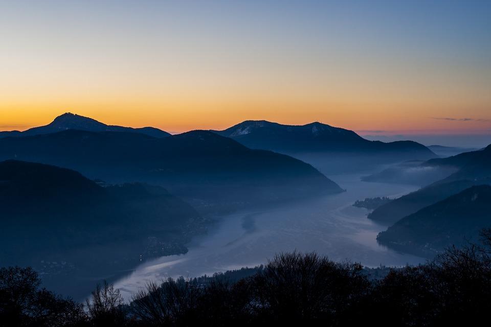 mountain lake sunset. mountain lake view scenic sunset sunrise nature e