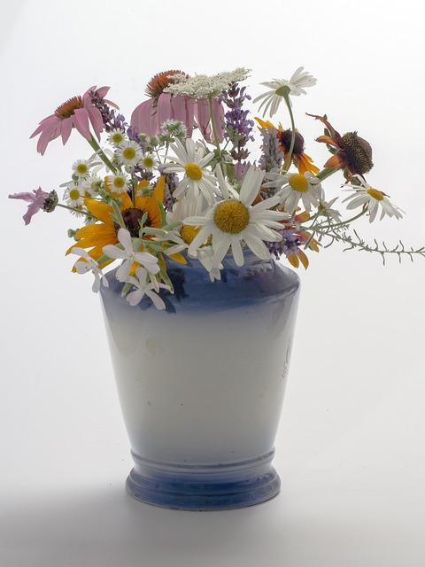 blumenvase vase blumen kostenloses foto auf pixabay. Black Bedroom Furniture Sets. Home Design Ideas