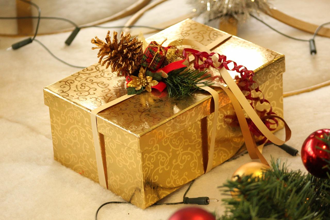 Подарки к новому году для мужчин своими руками