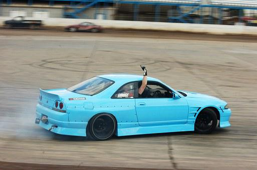Nissan Skyline Drift Car Race Tuned Show S