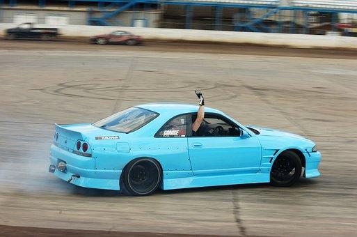 Nissan Skyline Drift Car Race Tuned Show S