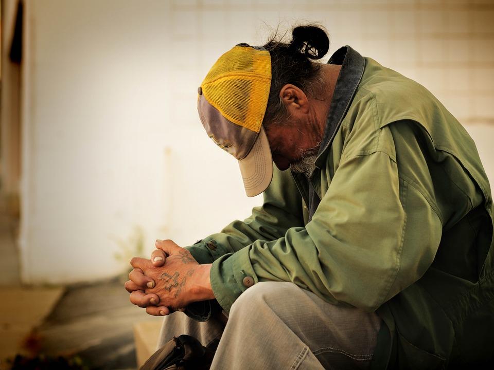 人, ホームレス, 男性, 通り, 貧困, 社会, 市, 生活, 男, 慈善団体, 問題, 水平, 飢餓