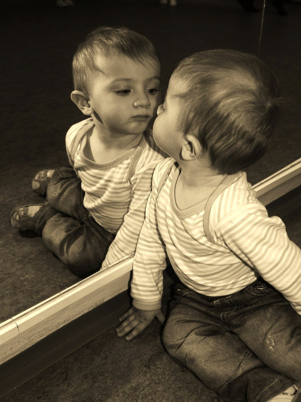 Child Boy Mirror - Free photo on Pixabay