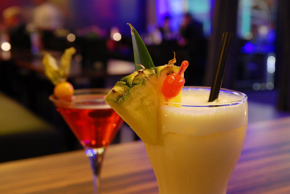 Cocktail Bar · Free Photo On Pixabay