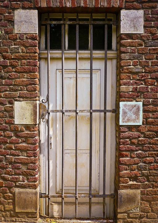 door grid input old building metal facade & Door Grid Input · Free photo on Pixabay