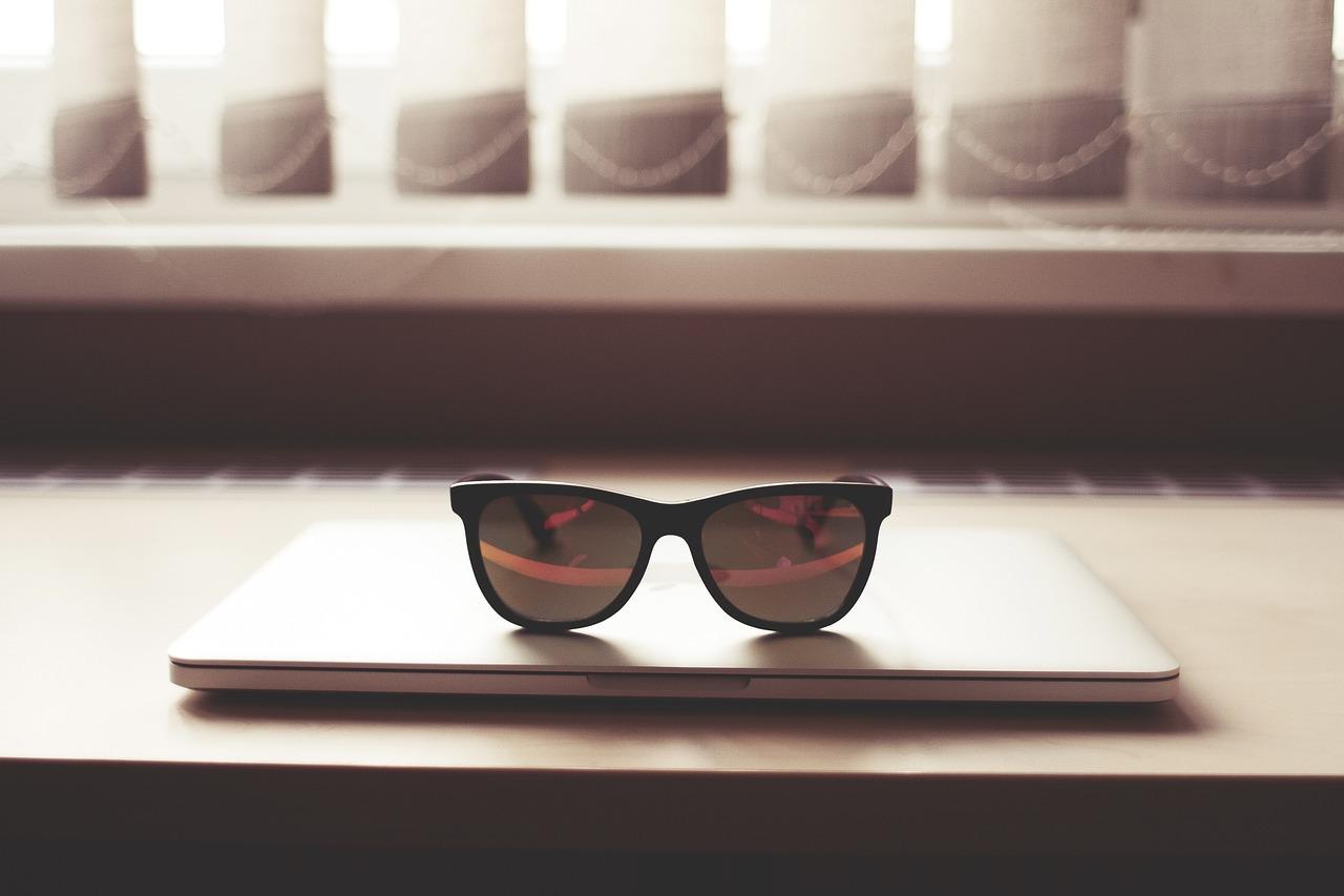 stylish cooling glass