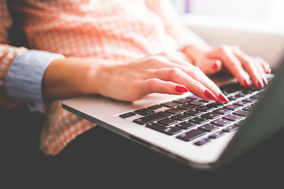 Type a essay online