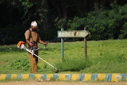 Indian Arbeitnehmer, Gartenpflege