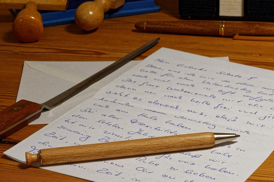 Briefe Schreiben Mit Tablet : Kostenloses foto brief stift schreiben