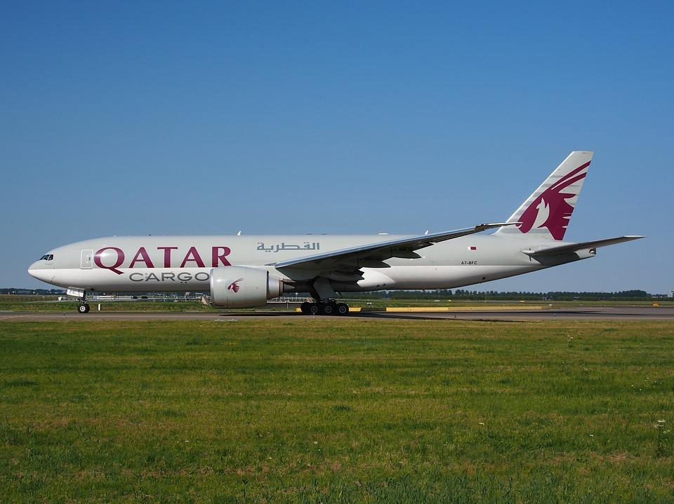 Vías Aéreas De Qatar, De Carga, Boeing 777, Aeropuerto