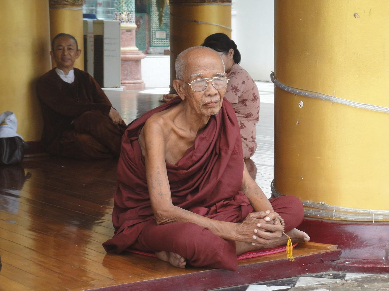 burma religion burma essay Burma religion (burma) mark joseph magdalaga since the myanmar ancient times, there has been full freedom of worship for followers of burma religions in myanmar so many different religions can be practiced in myanmar.