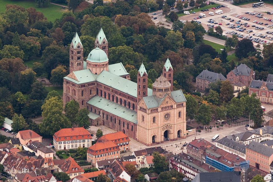 World Heritage Site Speyer Cathedral | All media content | DW ...