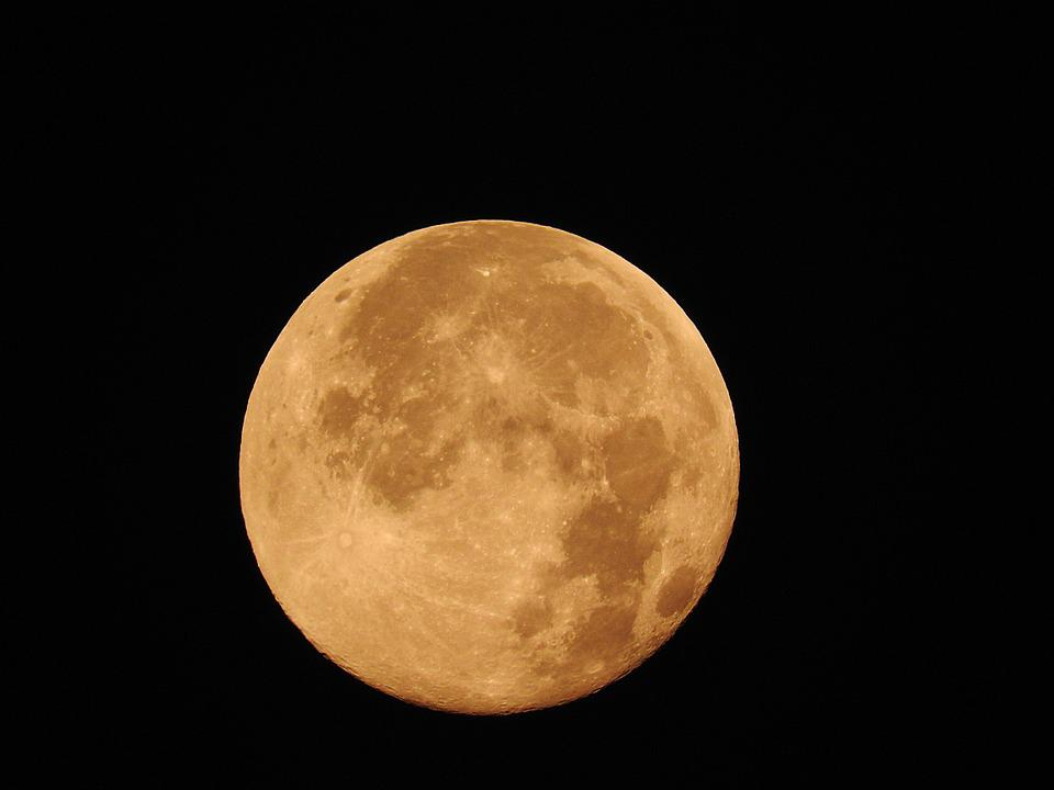 Fullmåne, Månen, Närbild