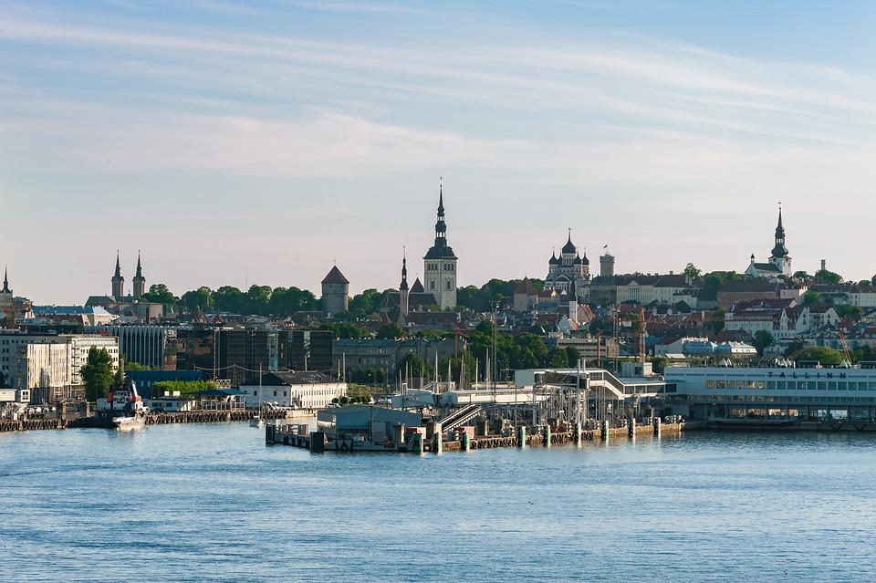 Tallin, Fluss, Hafen