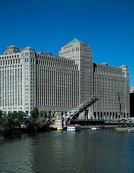 Chicago, Merchandise Mart, Bridge