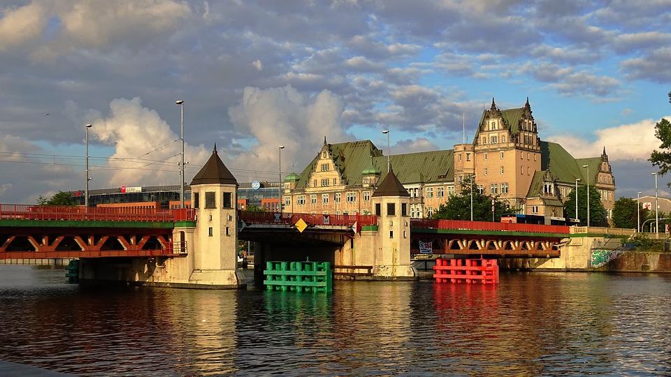 Polska, Szczecin, Most, Niebo, Chmury, Architektura