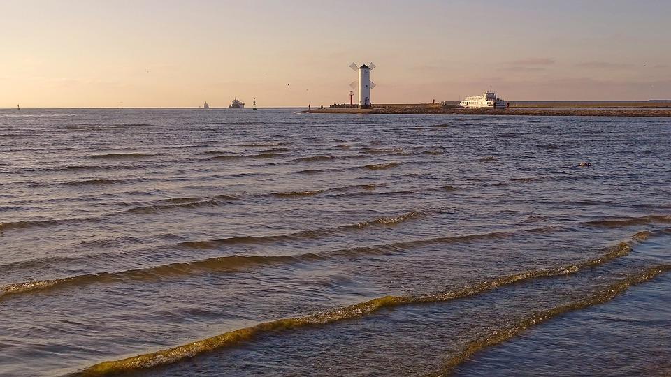 Polska, Świnoujście, Młyn Piec, Morze, Statek, Fala