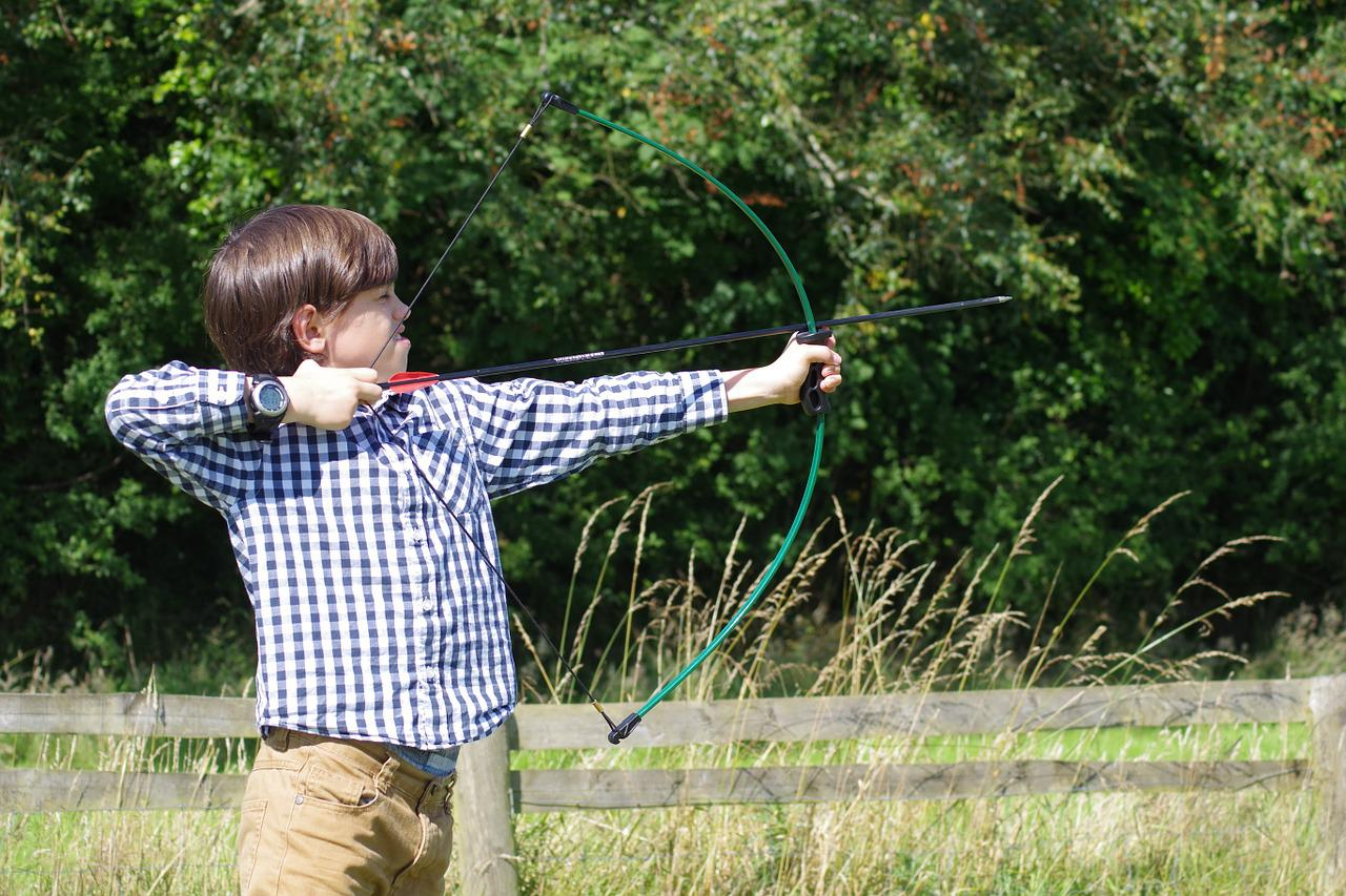 enfant tir à l'arc