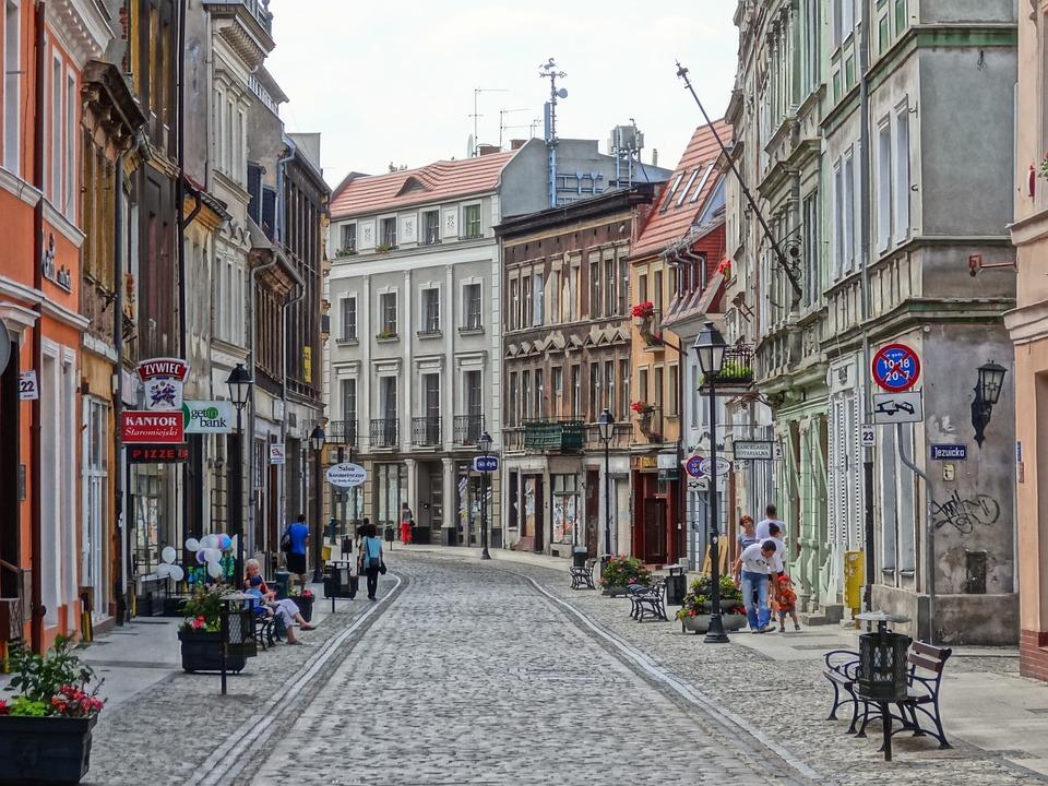 Rue Dluga, Bydgoszcz, Route, Pologne, Cobblestone