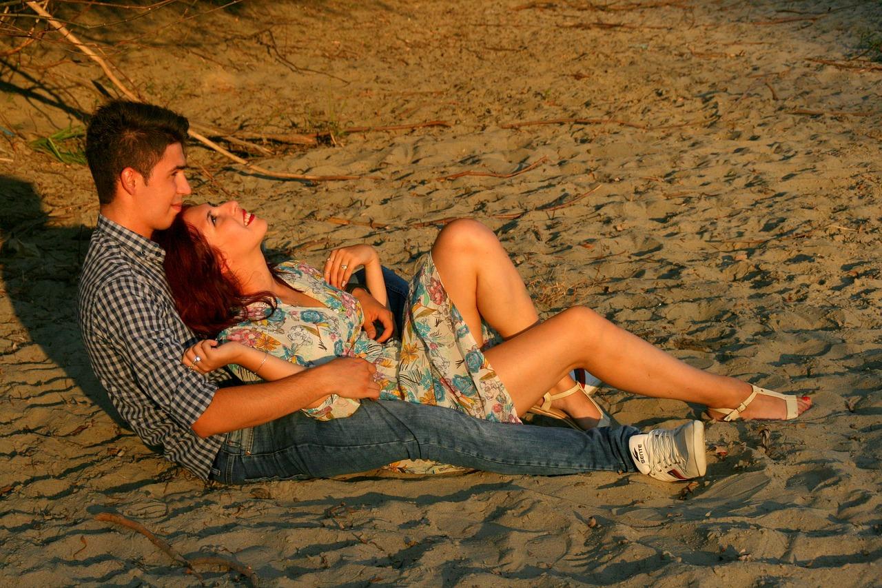 тайная любовь мужа и жены на пляже - 12