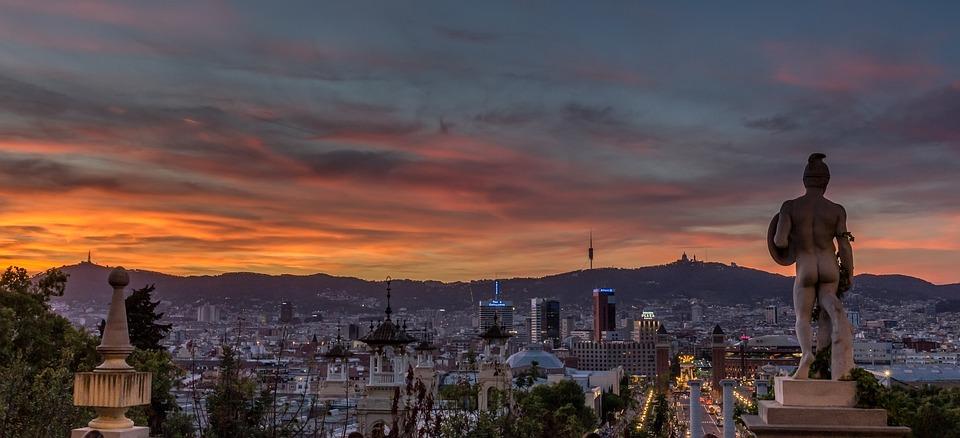 Barcelona | Barcelona. A beach sunset of the Barceloneta dis… | Flickr