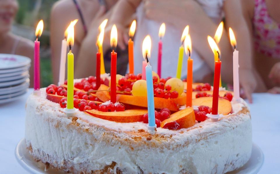 ケーキ, 誕生日, 誕生日ケーキ, 自家製のケーキ